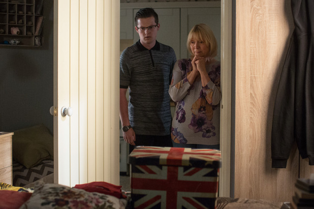 EastEnders, Ben and Pam pack up Paul's room, Tue 11 Oct