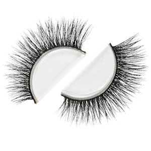 Lily Lashes in NYC, welovelashes.co.uk