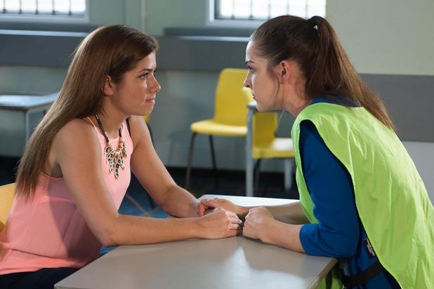 Hollyoaks, Maxine visits Sienna, Fri 14 Oct