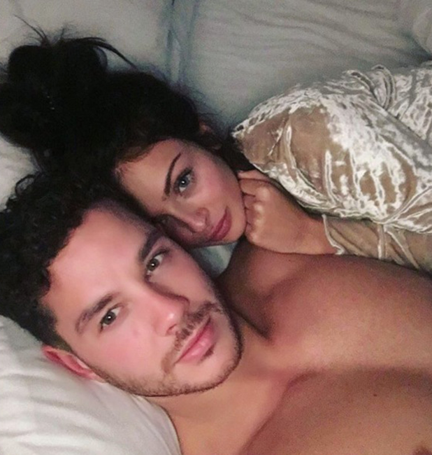Kady McDermott and Scott Thomas in bed together 2016