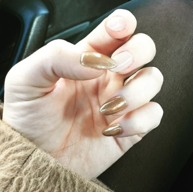 Kimberley Walsh shows off gold and nude autumnal manicure, by Lucy Tucker, 29 October 2016