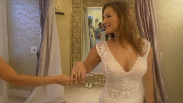 Sam Faiers tries on wedding dresses with sister Billie The Mummy Diaries 2 November 2016