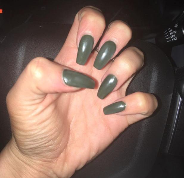 TOWIE star Georgia Kousoulou shows off her khaki nails, Instagram, 8 November 2016
