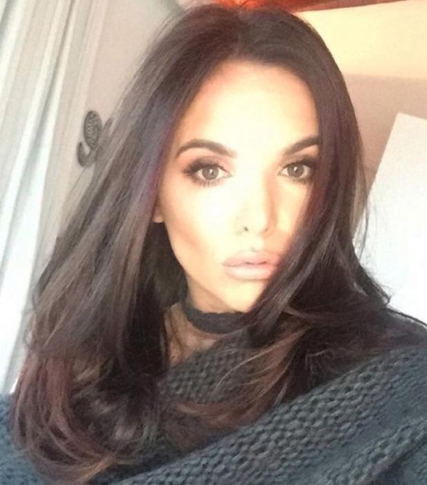 Jodi Albert cuts her hair into a shoulder length style, Instagram, 8 November 2016
