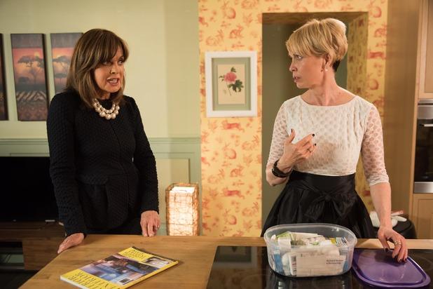 Hollyoaks, Marnie and Tabby clash over Mac, Tue 22 Nov