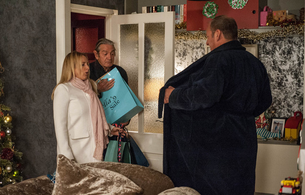 Ememrdale, Jimmy surprises Nicola, Wed 30 Nov