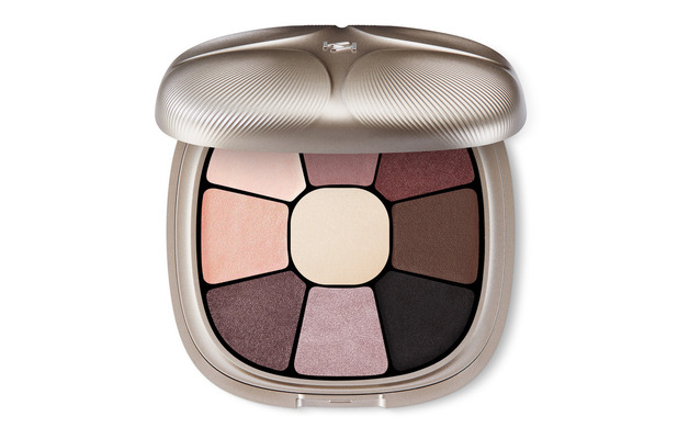 KIKO 9 Colours Eyeshadow Palette £25 25 November 2016
