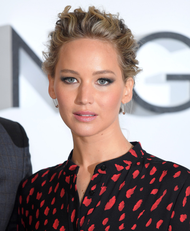 Jennifer Lawrence attends a photocall for their film 'Passengers' at Claridge's Hotel on December 1, 2016 in London, England.
