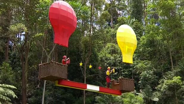 I'm A Celebrity Hot Sc-Air Balloon Trial 2016