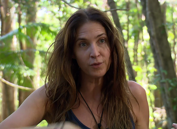 Lisa Snowdon and Wayne Bridge do the Dingo Dollar challenge on 'I'm a Celebrity...Get Me Out of Here!'. Broadcast on ITV1HD 2016