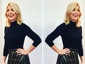 This Morning's Holly Willoughby wearing Zara skirt, 8 December 2016
