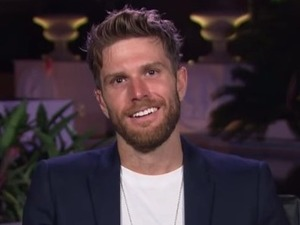 I'm A Celebrity: Joel Dommett admits he usually keeps his abs a secret
